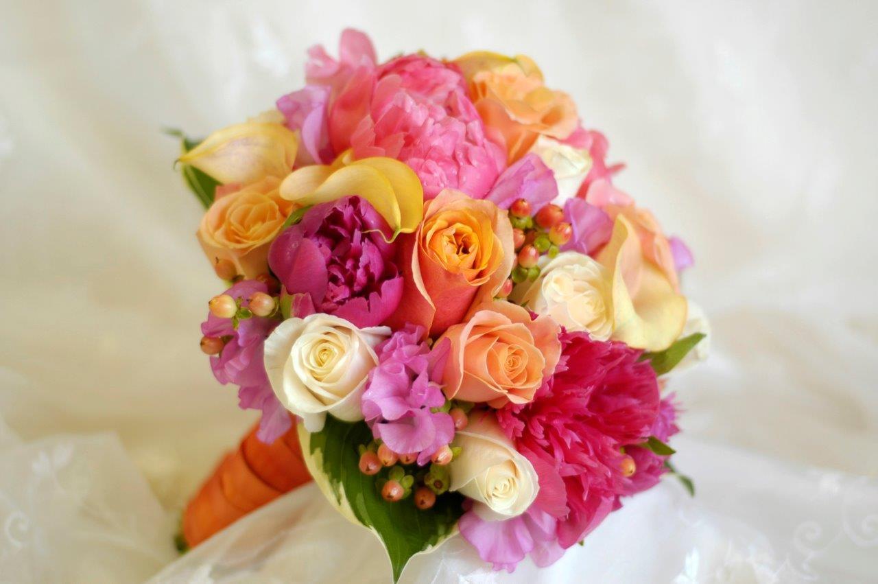 bouquet de fleurs pour la mari e magasin de plantes et arbres sur gradignan p pini res le lann. Black Bedroom Furniture Sets. Home Design Ideas